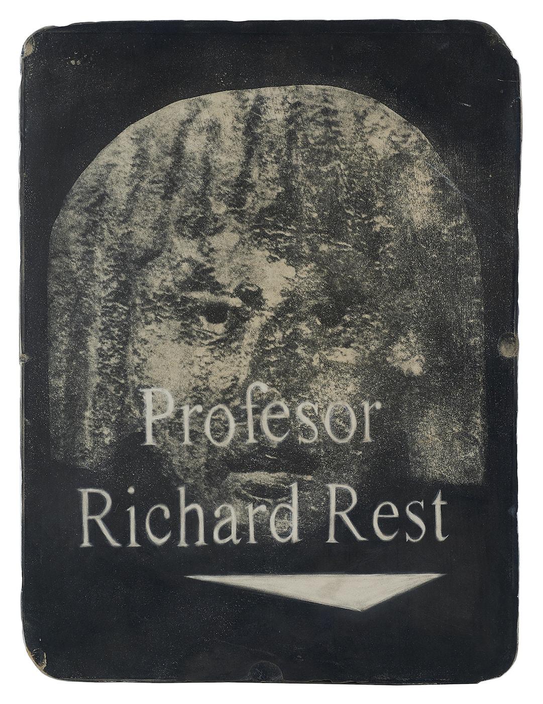 gonzalo-leviraProfesor-Richard-Rest-2019-Esgrafiado-sobre-piedra-litográfica-42-x-33-x-5-cm-3000€